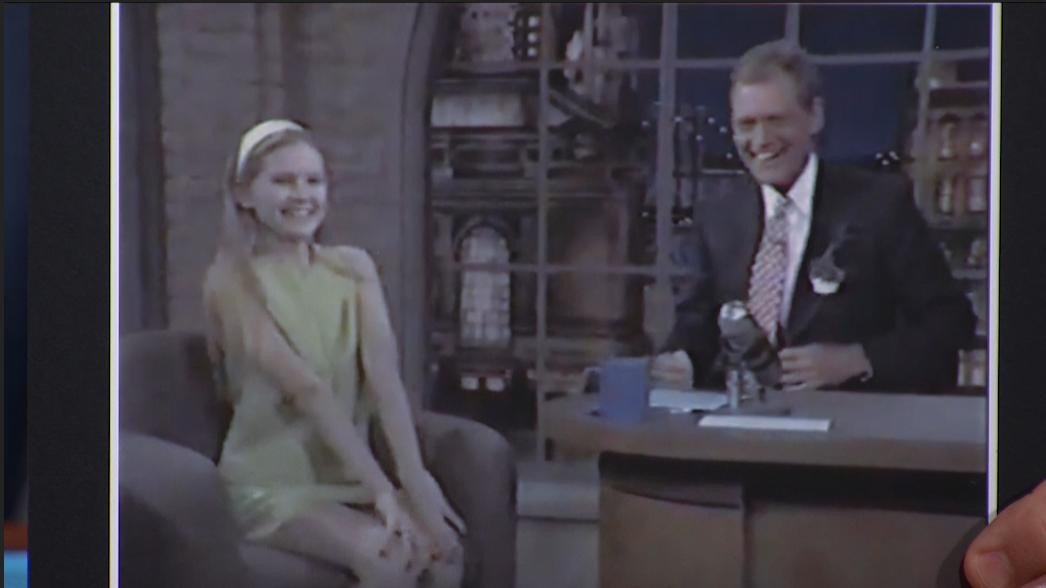 .@kirstendunst is no Late Show rookie. #ThrowbackThursday #LSSC <br>http://pic.twitter.com/GuLxBr7zc2