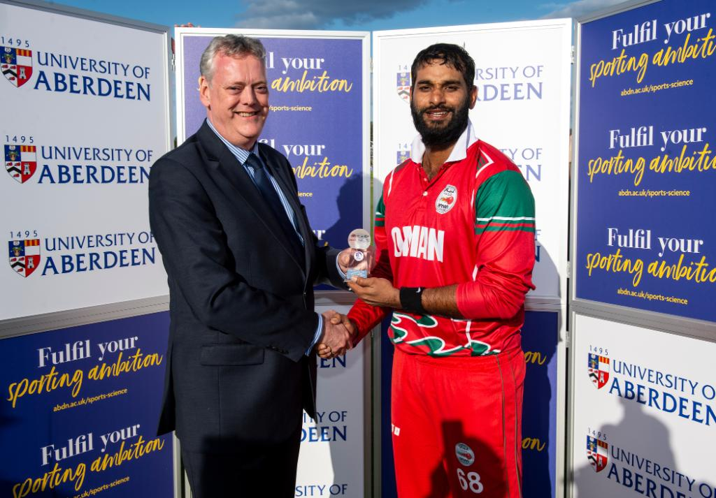 Khawar Ali follows up his 4/23 with a diligent 79* as Oman upset Scotland in their second ICC Cricket World Cup League 2 match.Report ⬇️http://bit.ly/CWCL2match2twi