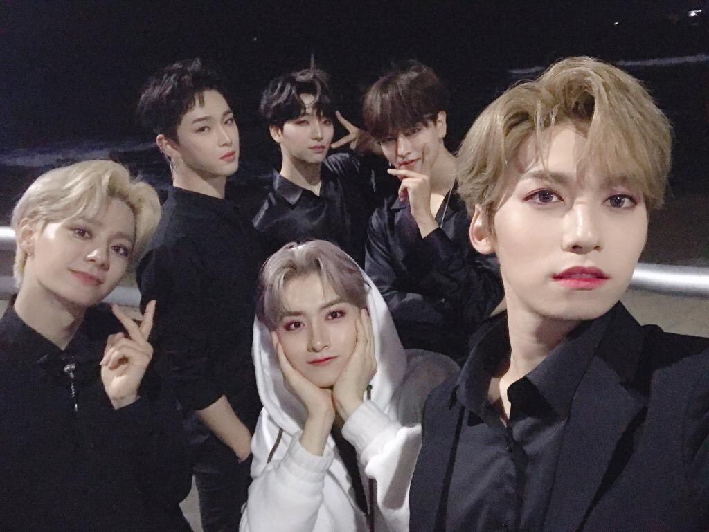 hello everyone the recent news of Oneus not being able to attend kcon rookies is very saddening but please let's all stay happy for the boys they've worked hard and continue to stay strong for us!! Let's hope they can attend Saturday's concert <33 #CheerUp_OurOneus
