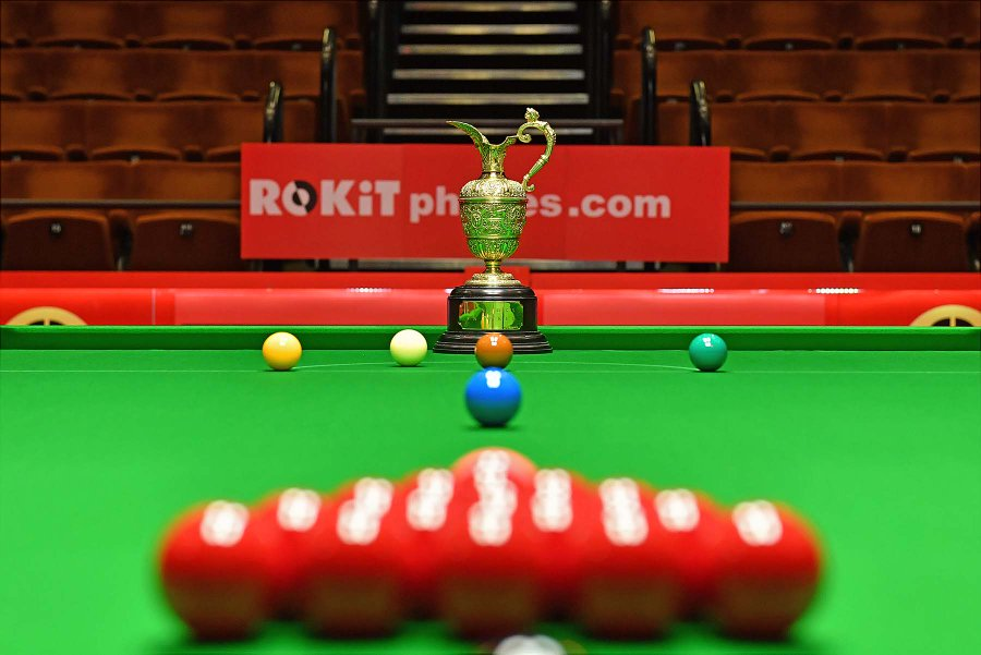 if watching the world seniors has made you think about giving it a go again, and you are over 40, here is how you can get involved enter a ROKiTPhones.com World Seniors Event by clicking here...bit.ly/2L0HI2x