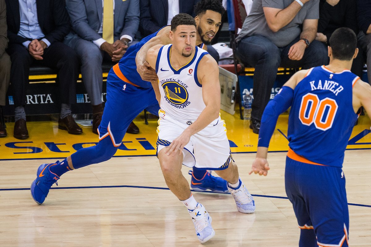 Players, learn how to get open off the ball!  Stats from the 14-15 NBA Season:  0 dribbles taken= 55% EFG 1 dribble: 47% EFG 2 dribbles: 43% EFG 3-6 dribbles: 45% EFG Over 7 dribbles before shot: 44% EFG https://t.co/ZE2r1KEJUp