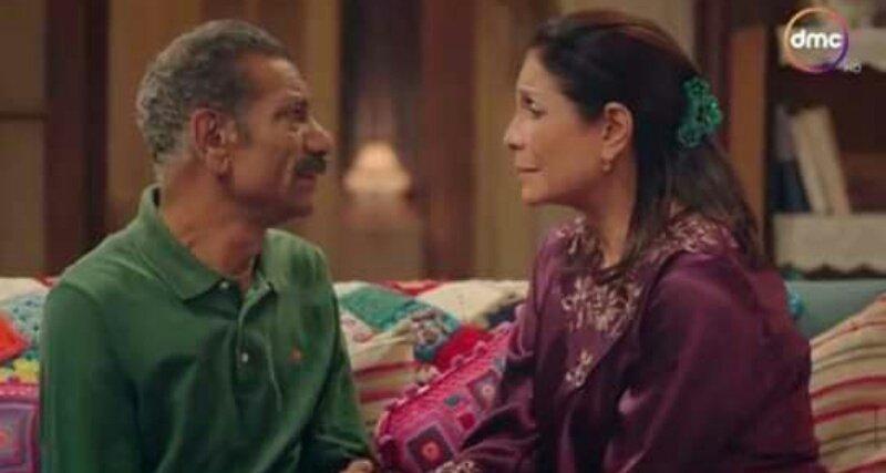 الف خناقة معاك ولا ضحكة مع غيرك يا عبده. _أبو العروسه.