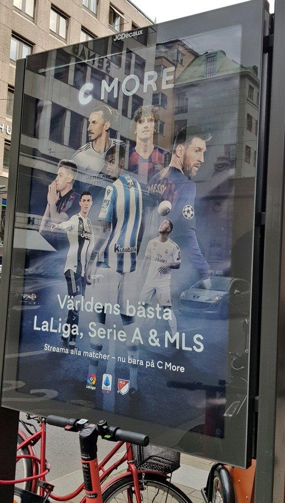 @alvaro_velasco's photo on Real Sociedad