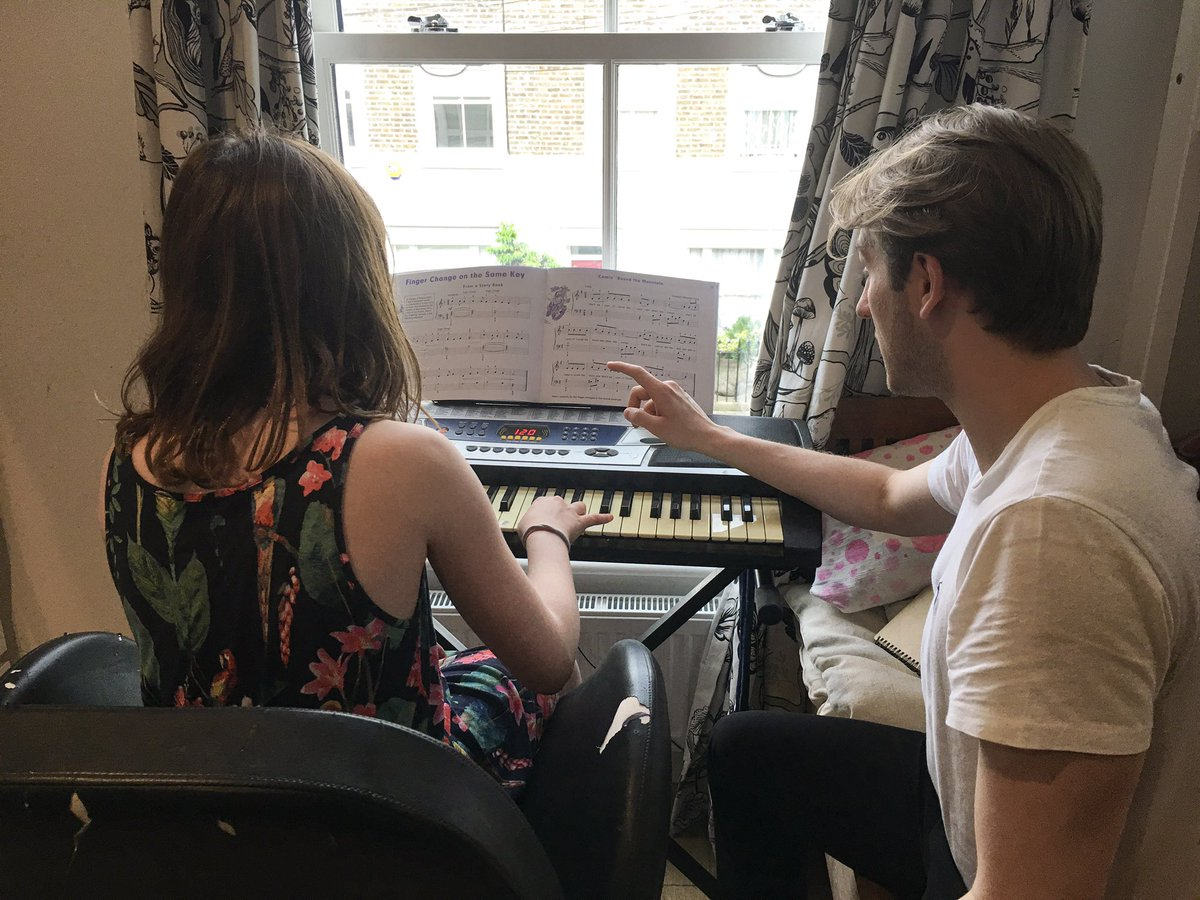 pianolessons hashtag on Twitter
