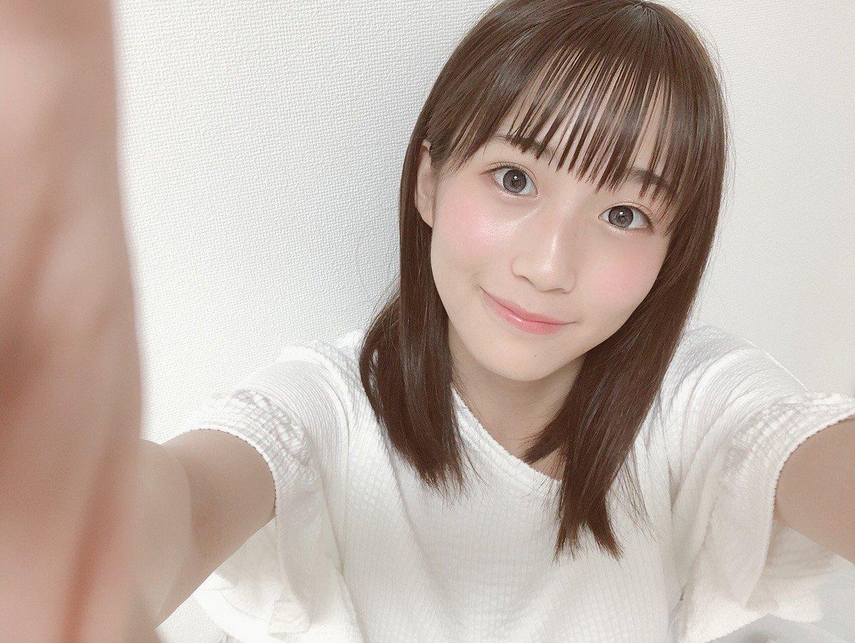 【ブログ更新 4期生】 夏休みの宿題が終わらないので褒めてください 掛橋沙耶香