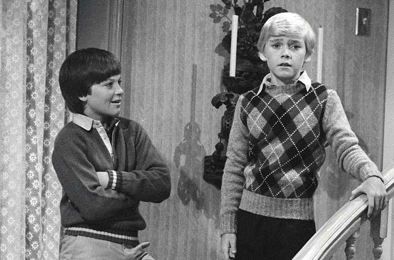 You may be getting a little older if you remember Jason Bateman playing in Silver Spoons with Ricky Schroder. https://t.co/GwlRI6G9ZA