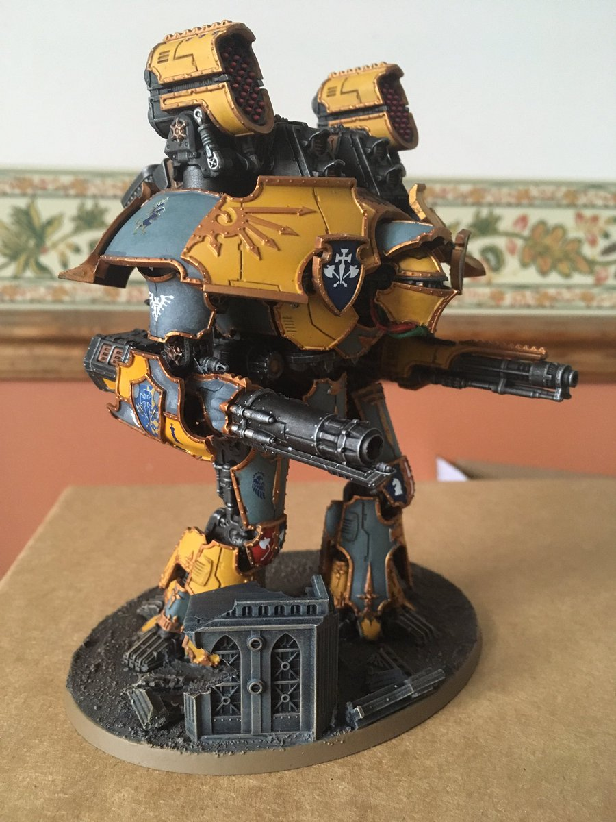 Regis vindictae and deus interfectorem in mid-Heresy weapon configuration. Quake and Gatling cannons finished. Warp missiles next up. #adeptustitanicus #HorusHeresy #Warmongers<br>http://pic.twitter.com/klKBXjBeaZ