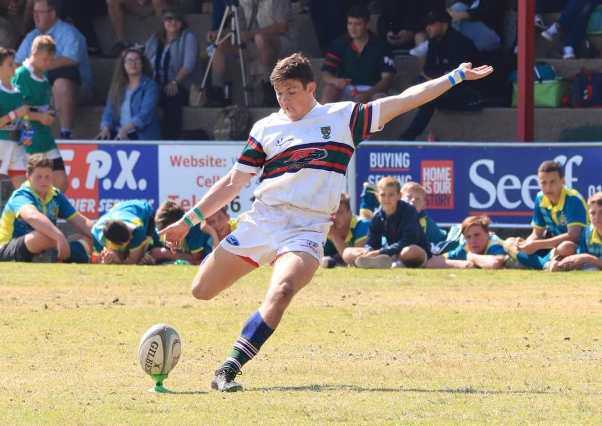 ECG5r4PW4AIC1_f School of Rugby | Theunissen - School of Rugby