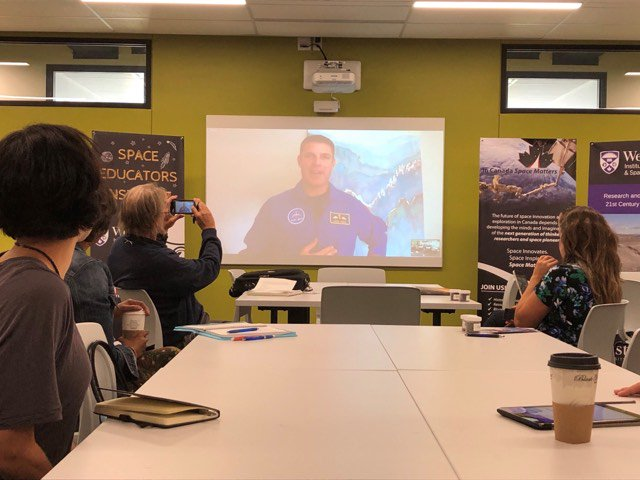 Teachers and educators participating in the Space Educators Institute heard @Astro_Jeremy talk about his career path, our #JuniorAstronauts campaign, and the importance of #STEM education. @SpaceMattersCA #cdnspace #SpaceEd19 Photo: Western University