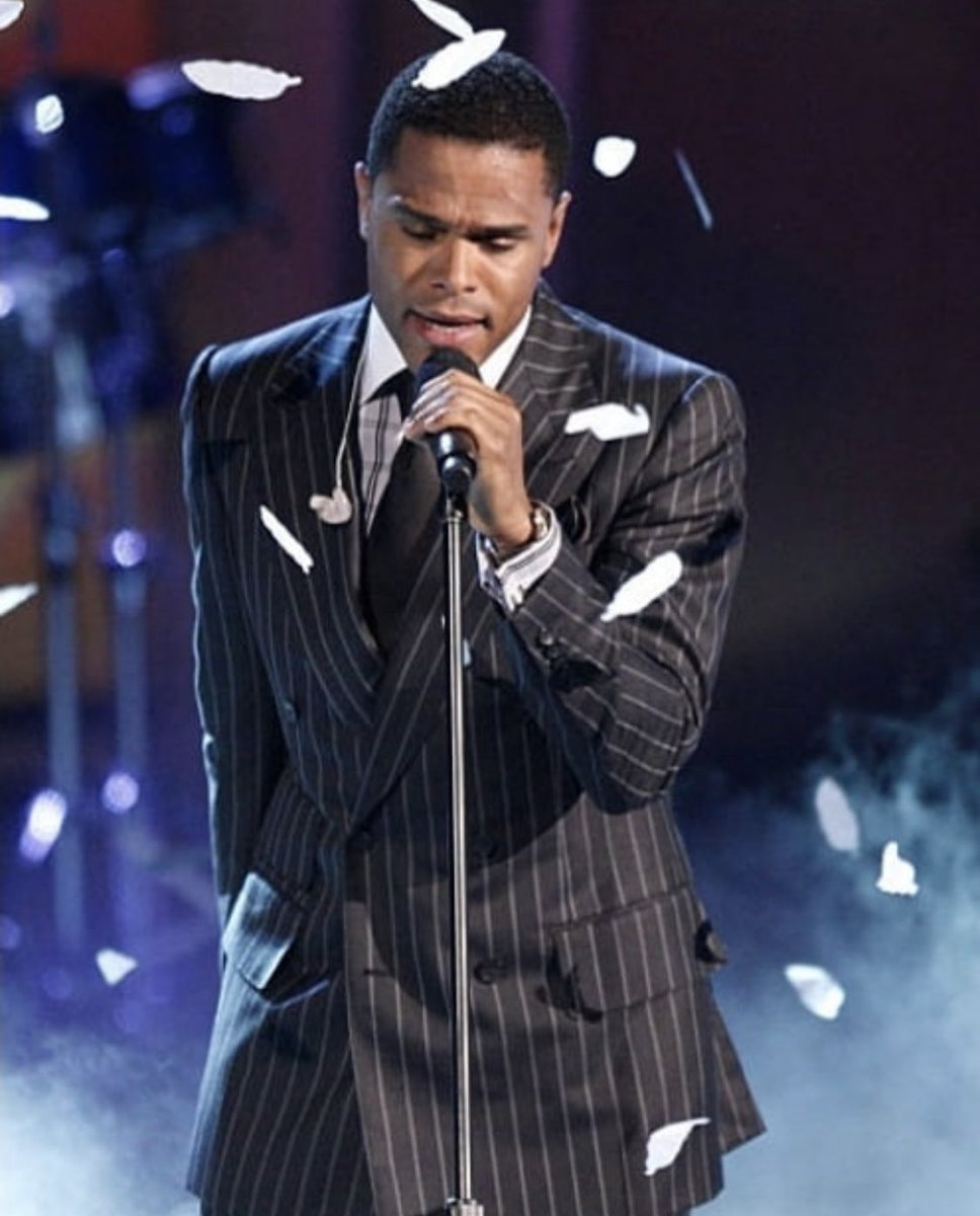 """""""one day you won't remember me """" that could be a good thing in these times • #prettywings @BETAwards • 2009  #FBF<br>http://pic.twitter.com/Ip6kX94z7d"""