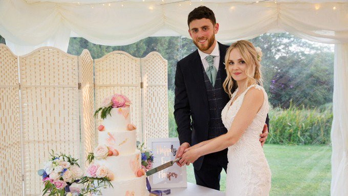 Family describe Pc Andrew Harper as loveliest person you will ever meet who celebrated his dream wedding in July itv.com/news/2019-08-1…