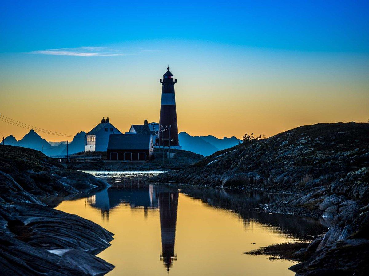 Happy International LightHouse weekend to all! 📷 👉 flightseeing.de #lighthouseweekend #visitnorway