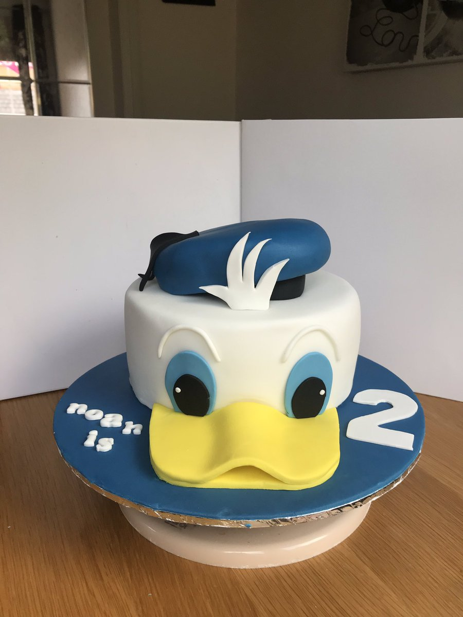 Awesome Stephen Mcdermott On Twitter Made This Donald Duck Cake For My Funny Birthday Cards Online Elaedamsfinfo