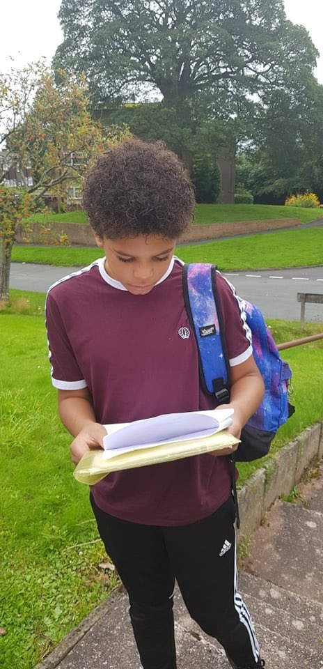 Good luck Cameron !!!! Off on his first day filming  #acting #hardwork #actorlife <br>http://pic.twitter.com/WXl9Qgovkr