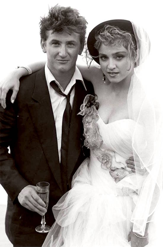 Aug 16, 1985: @Madonna married Sean Penn on her 27th birthday. #80s They divorced in September of 1989. https://t.co/YBoF7tCORQ