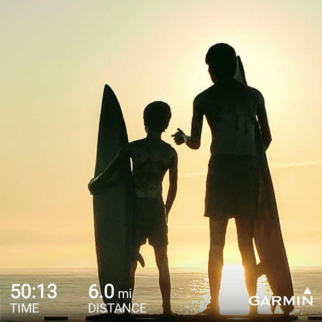 Sunrise run on Virginia Beach boardwalk #sunrise #sunrisethismorning #running #runnersofinstagram #instarunner #instarun #instarunners  https://www. instagram.com/p/B1OlNImH3HG/    <br>http://pic.twitter.com/p8qgaBL4tN