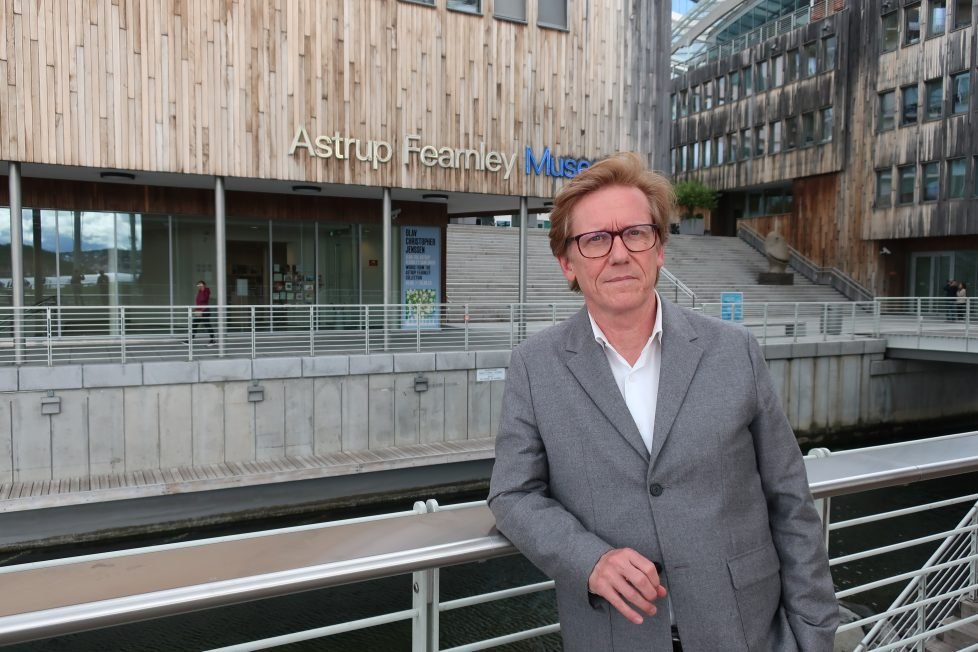 #Intervju Andreas Breivik intervjuer Astrup Fearnley Museets avtroppende direktør, Gunnar B. Kvaran. kunstkritikk.no/ikke-en-vitrin…
