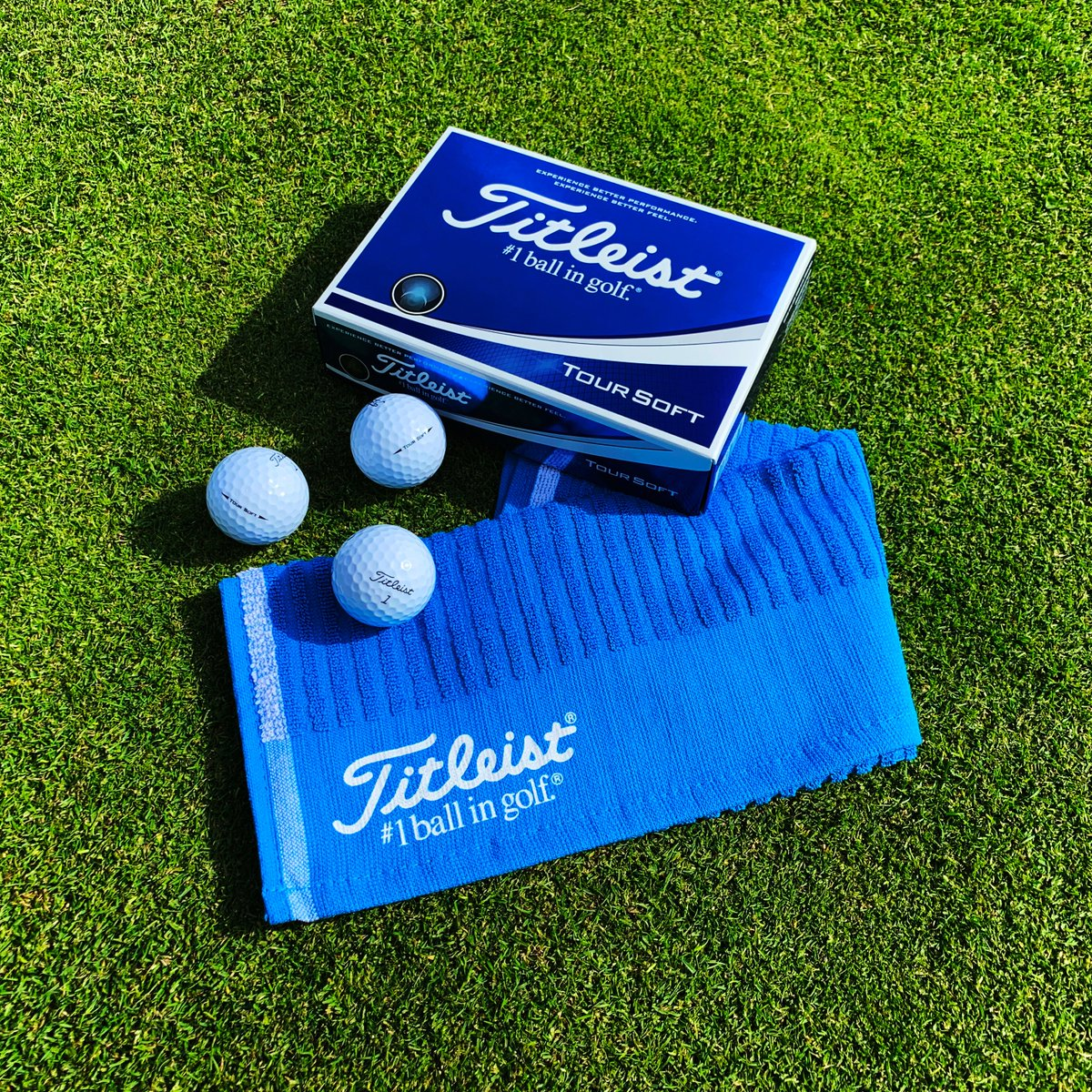 FREE @Titleist Tour Soft Towel (RRP. £19.99) with every dozen Tour Soft Golf Balls purchased. While stocks last! Available in white or yellow - Only £27.99! Shop: snaintongolf.co.uk/section/1249/1… @TitleistEurope #titleist #teamtitleist #titleistgolfballs #golfballs #golf #snaintongolf