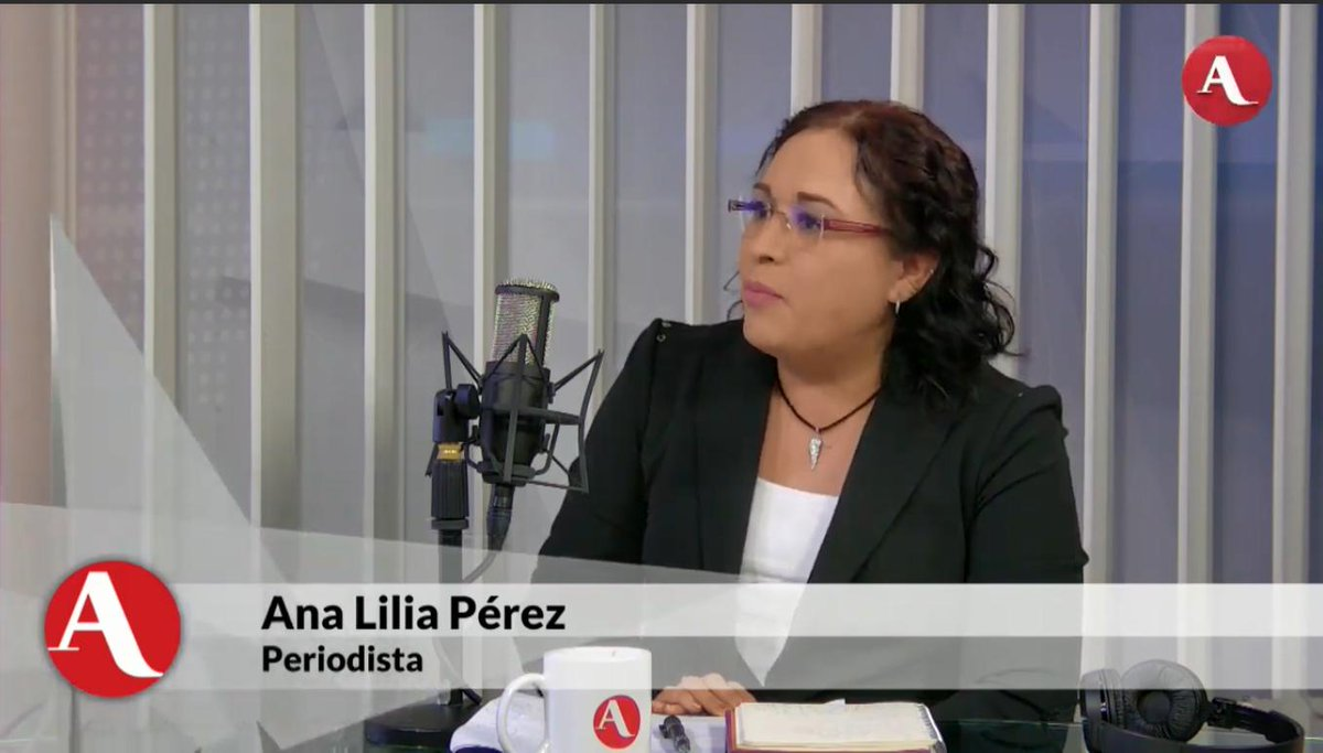 Robles tenía a su cargo una de las secretarías más importantes del país porque tiene el objetivo planear, coordinar y evaluar la política en desarrollo social, sobretodo lo destinado a los grupos más vulnerables:  (@AnaLilia_PerezM)  en #AristeguiEnVivo 👉http://ow.ly/TsJU30pmEwY