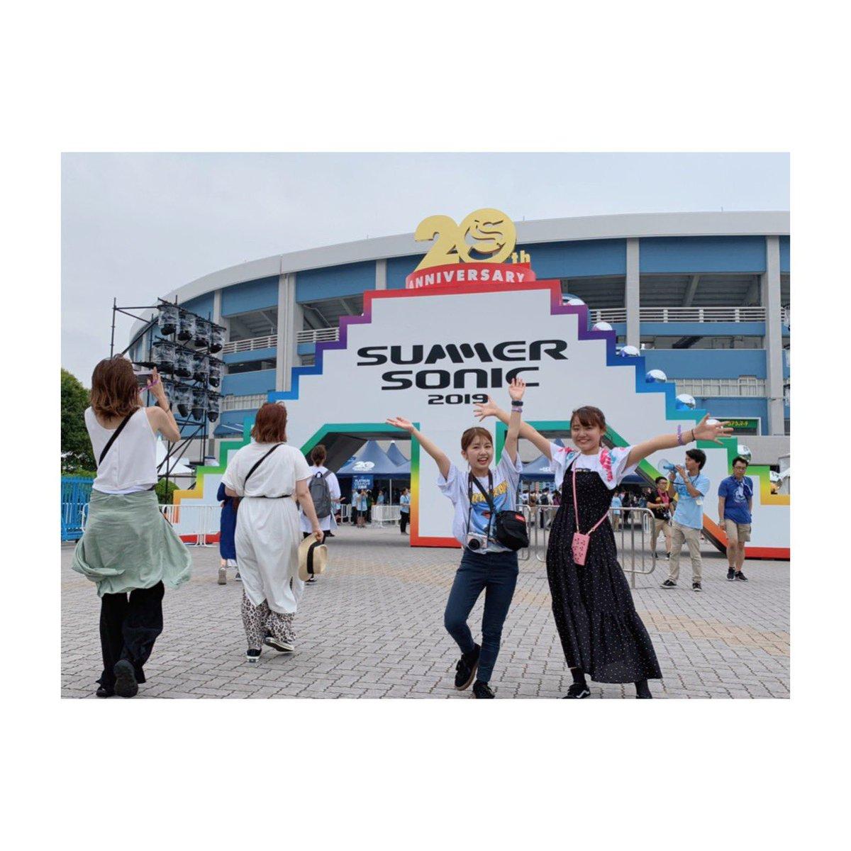 ブログ更新💫\08.16/ 🎪🌴☺︎SUMMER SONICtiktok spot lightステージありがとうございました🙇🏻♀️💭明日は京阪樟葉駅にて16:30〜路上LIVEです!!!🌟8/25jouleチケットゲットよろしくお願いします🌨💘