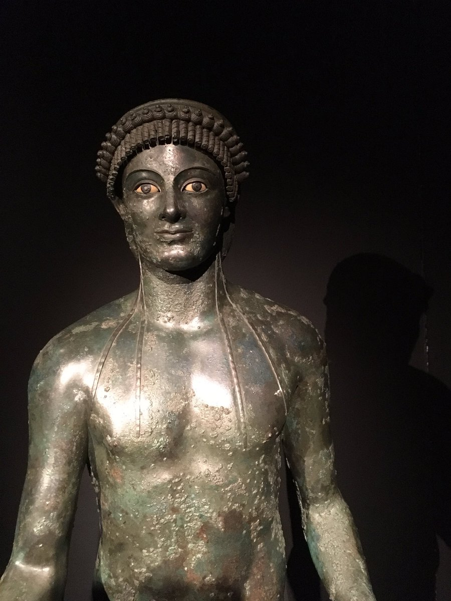 I didn't expect there to be so many beautiful bronze statues at the #LastSupperinPompeii exhibition at @AshmoleanMuseum. Exquisite! #RomanArt