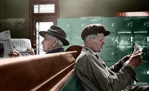 Passengers wait at the Greyhound Bus Terminal in New York City tunnelbreeze.com #NewYork