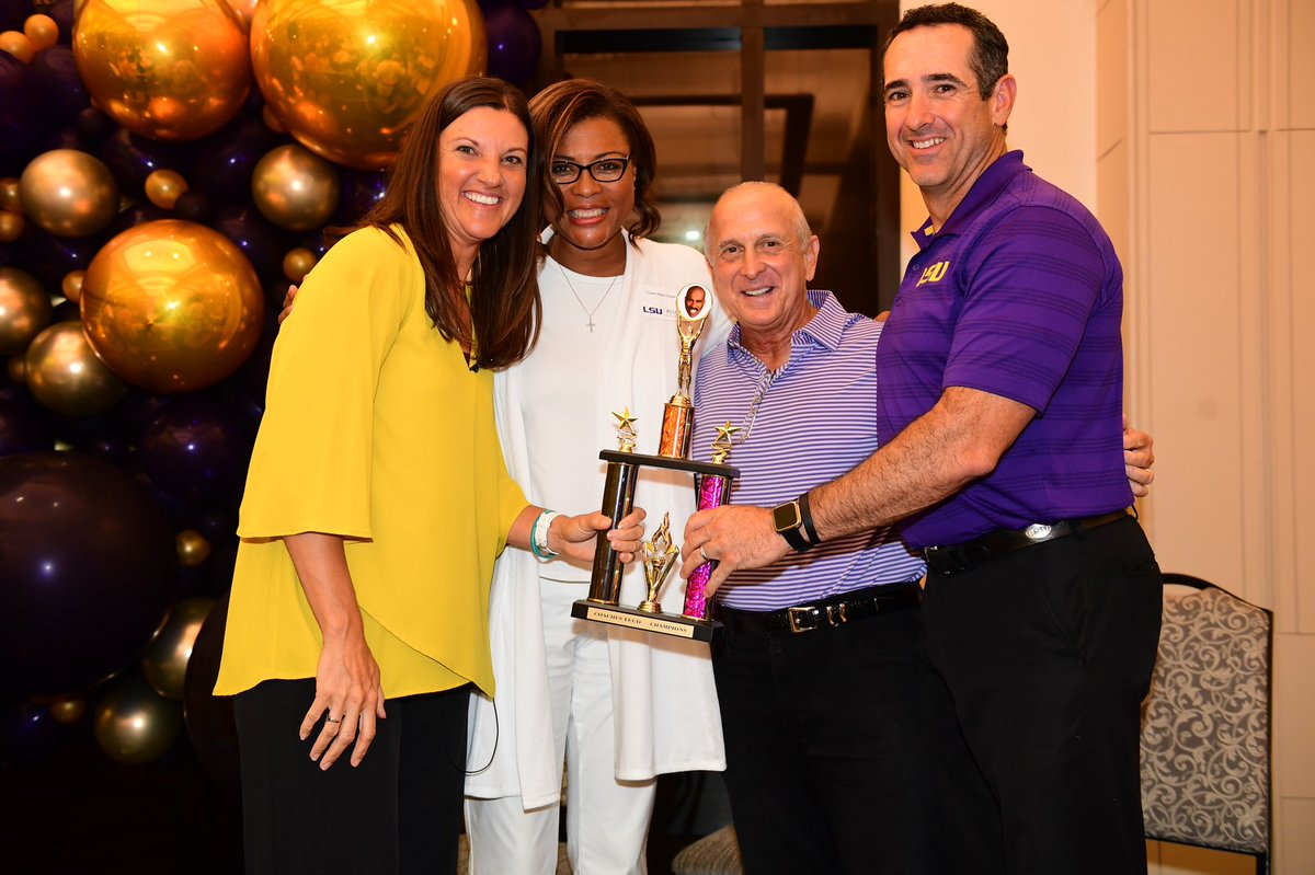 Family Feud Champions of the @AlumniLSU 2019 #LSU Sports Kickoff! #GeauxTigers <br>http://pic.twitter.com/7mHpyt8Qsh