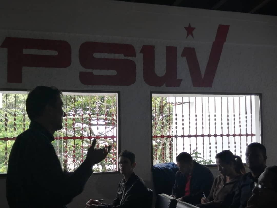 Desde la sede del @PartidoPSUV #Táchira se desarrolla #Taller de alimento alternativo para las unidades de producción de cría de cerdos. #TrabajoProduccionYPAZ