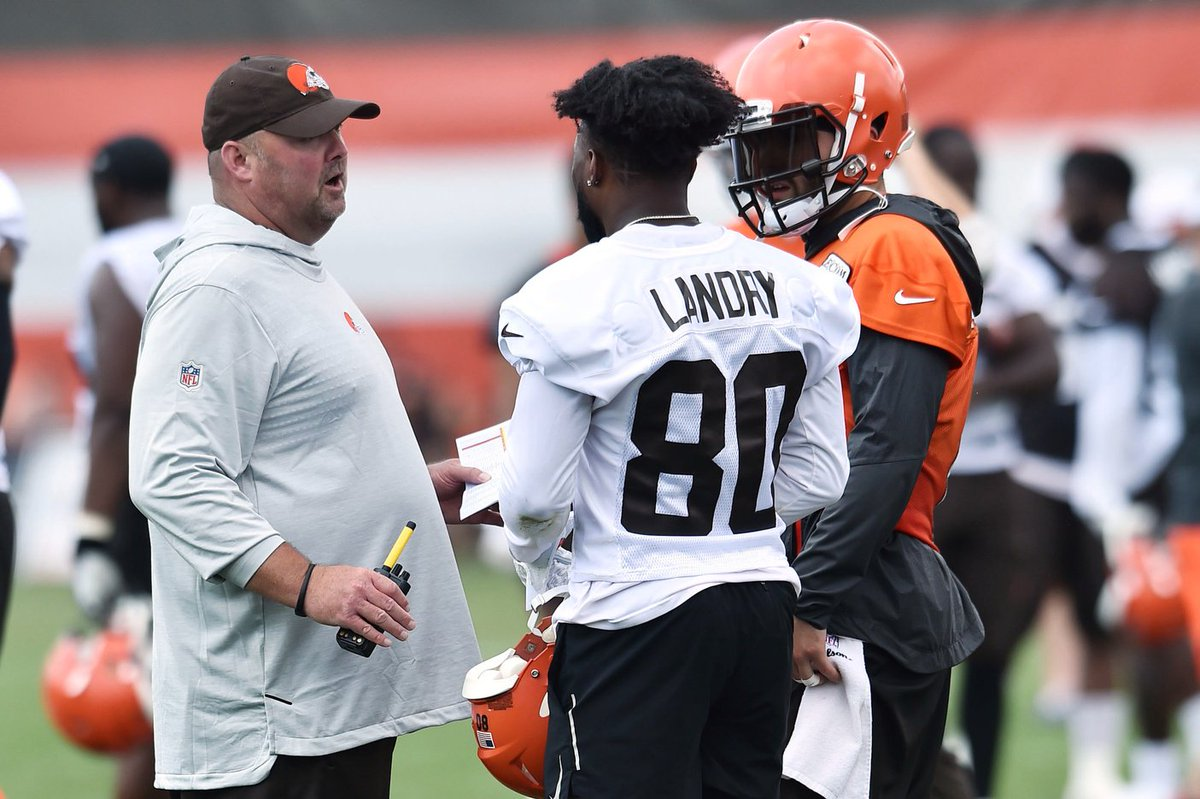 .@JaycrawfordCLE tells @BullandFox #Browns HC Freddie Kitchens believes theyre leaving Indy as a team; adds Kitchens is the most real, genuine, transparent coach Ive ever been around bit.ly/2Z8u7rM