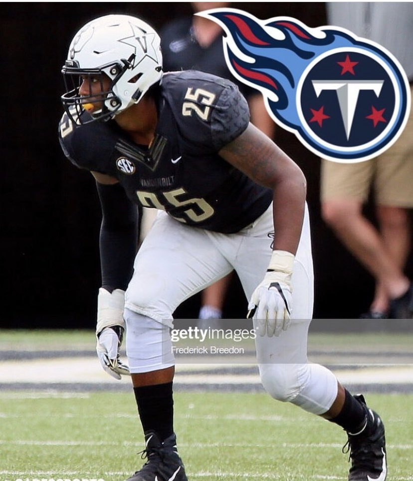 Congrats to this guy @J_Smitty31 Signed UDFA contract with @Titans today. #B.E.S.T.family #RPT #AEP #RutherfordCountyBoyz