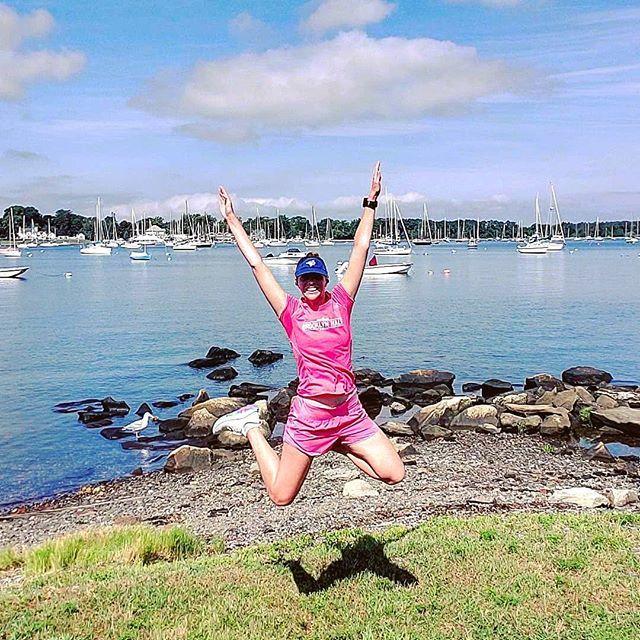 It's the weekend!!  #summerrunning #summervibes #runlove #runlife #marathontraining #momswhorun #jump #runlife #marathoner #runners #running #runnersofinstagram  https:// ift.tt/2MkWMrt    <br>http://pic.twitter.com/6Or6ZKTVq4