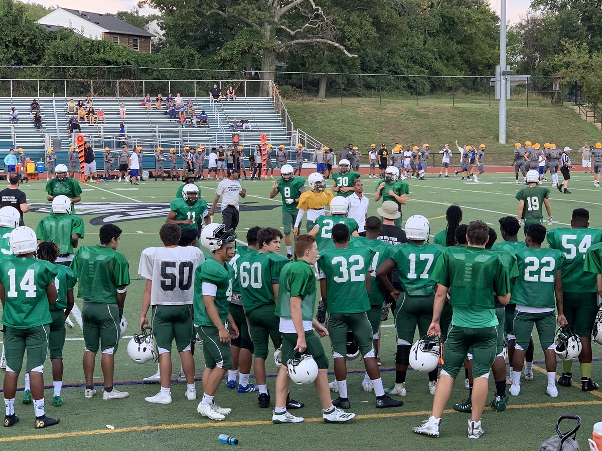 Home scrimmage tonight <a target='_blank' href='http://twitter.com/WarriorGridiron'>@WarriorGridiron</a> 🏈 6 pm - Wk vs Osborn Park <a target='_blank' href='https://t.co/EBzF9fJAGh'>https://t.co/EBzF9fJAGh</a>