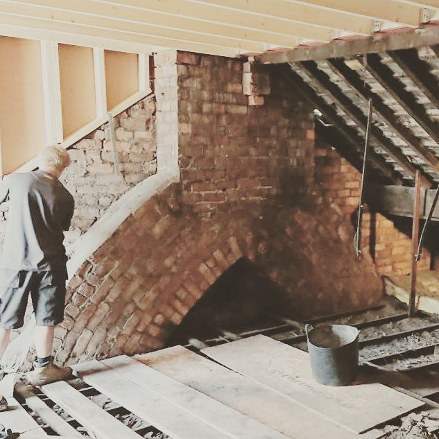 Exposed! Those bricks are keepers. #loftconversion #progresspic #originalfeatures  https:// ift.tt/2OXPJah     <br>http://pic.twitter.com/lCDHYcj3nZ