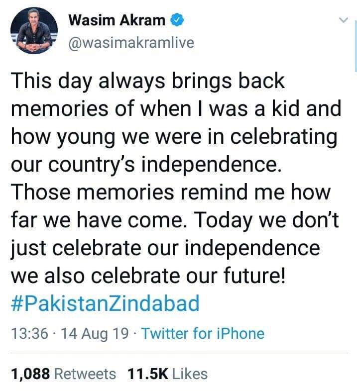 Not a single Punjabi Cricketer mentioned Kashmir in their tweets about jashan e aazadi. While Pak Foj had obliged all to use 14 Agust as Kashmir day. Maybe shaayad IPL main coaching/comentary ka moqa mil jaaye. What did that American attorney say.. For $$, a Pakistani can.. <br>http://pic.twitter.com/GT0u3t07s6