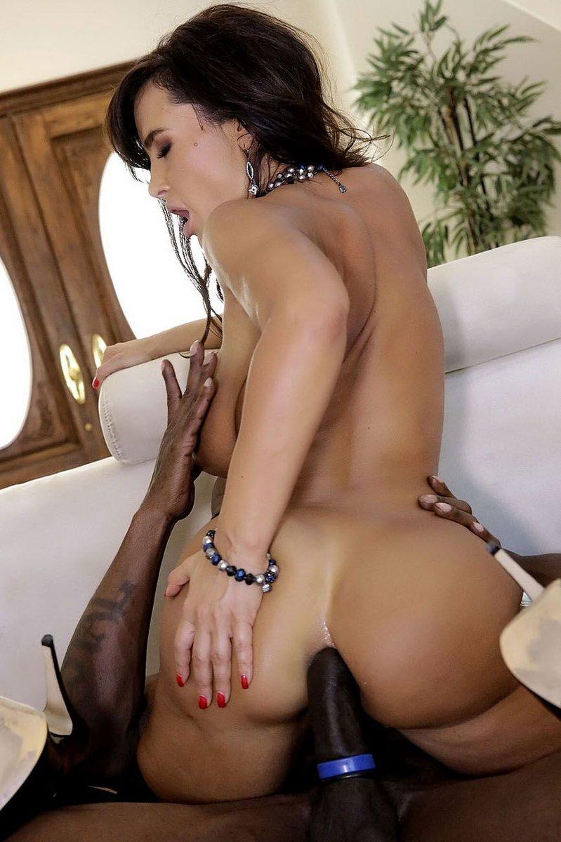 сожалению джулия порно фильм черные воспоминания лизы энн обычно употребляется