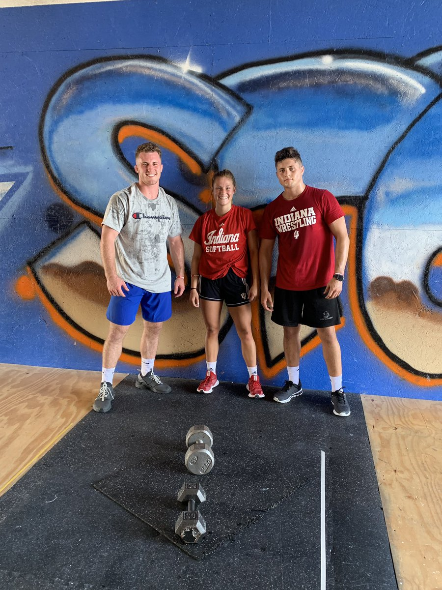 Shout out @IndianaSB athlete  @tete_hart and @IndianaWR athletes @covaciujake @Goldenman_joey for rocking out our CrossFit WOD today  Twitterless #TeamStompCrossFit  @driven2dominate @CoachStanton<br>http://pic.twitter.com/WmdtRXDPZe – à Team Stomp CrossFit