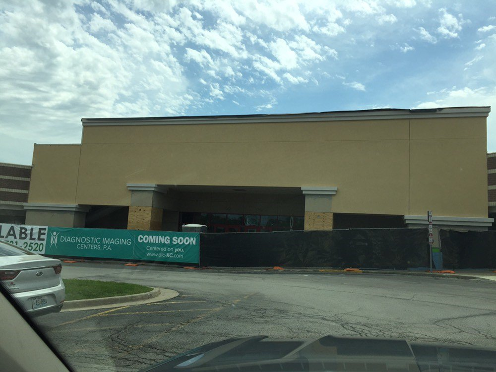 It's amazing what a little face lift will do! Our new north KC office continues to take shape! Facade work is underway and the pale grey is no longer there! Follow along with our progress on social media! #newofficespace #movingsoon #independentlyowned #centeredonyou<br>http://pic.twitter.com/pIydMZ4l6v