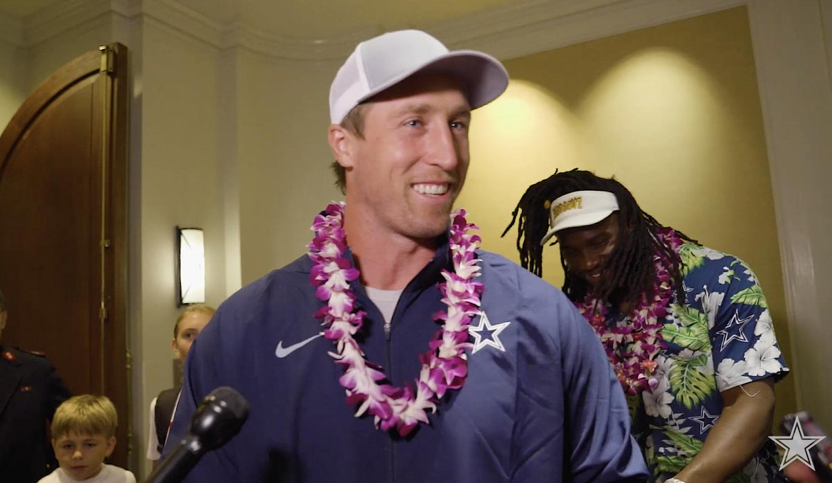 Veteran linebacker Sean Lee talks about playing in Hawaii, giving back with the @SalvationArmyUS + more. #CowboysHuddleFor100