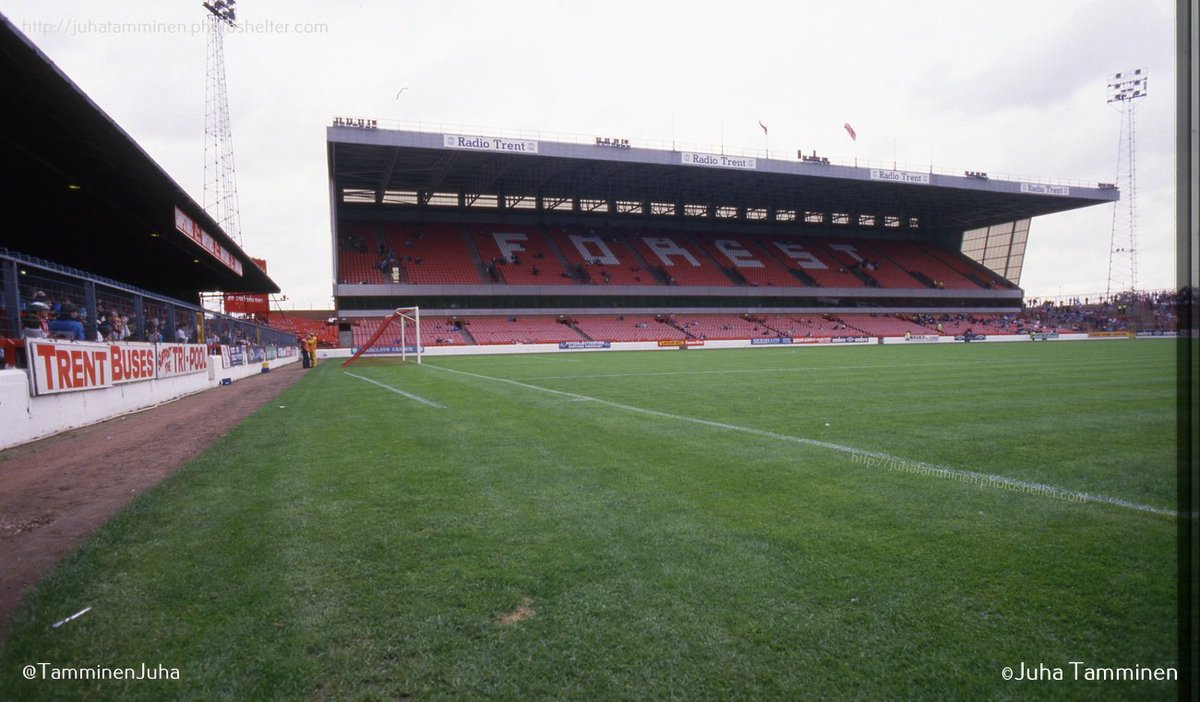 The City Ground, September 12th 1987. Then it was still called the Executive Stand. @Forza_Garibaldi @NFFC_TrentEnd #NFFC @stephenhumphr12 @_mattappleby @Archive_NFFC @NFFC40