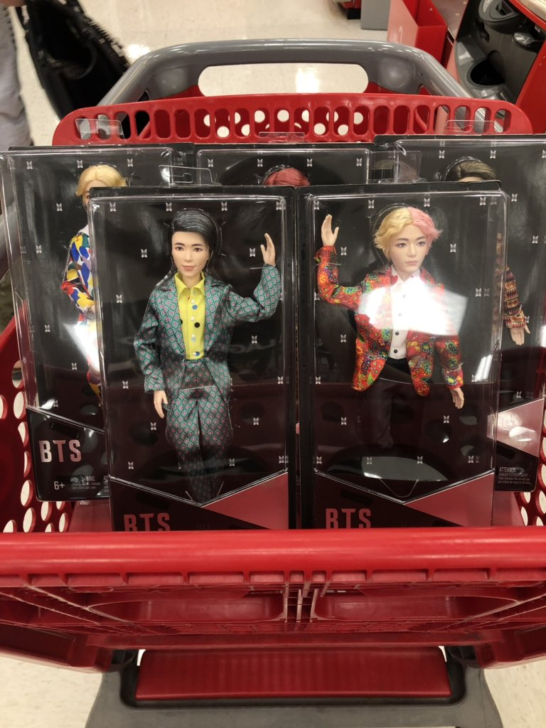Did you see my bag,  did you see my bag  First store have already sold out of two dolls, so I had to hit another @Target store to complete my OT7 @BTS_twt doll collection!  What a perfect way to start my happy weekend!   #BTS  #BTSxMattel <br>http://pic.twitter.com/q9rOPYWhPe
