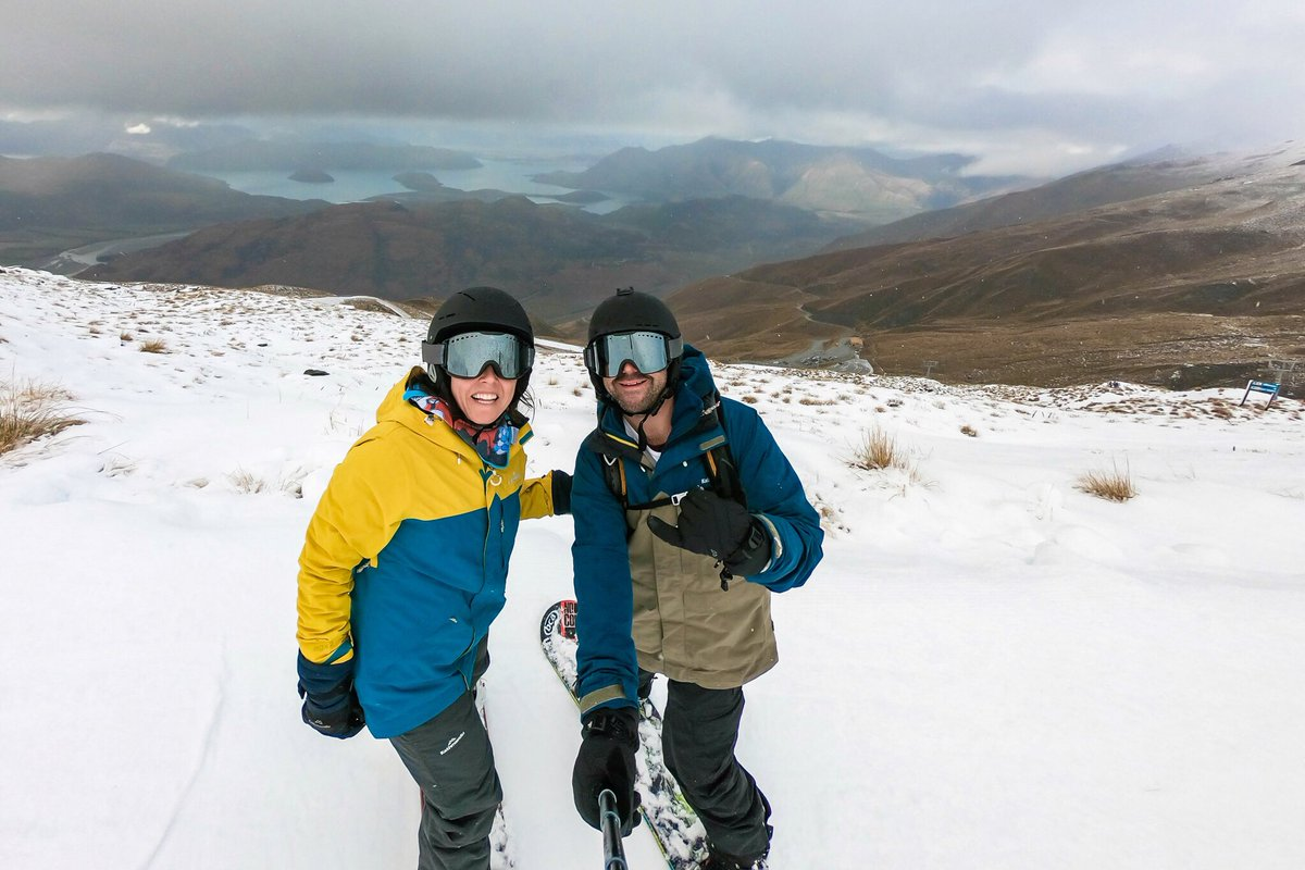 How specky do we look in our new @KathmanduGear snow gear. we did a trip to NZ in July to try it out. We loved it. Check out the views behind us. 😍@treblecone #travel #snowboarding #snow #kathmandugear #NewZealand #LoveWanaka