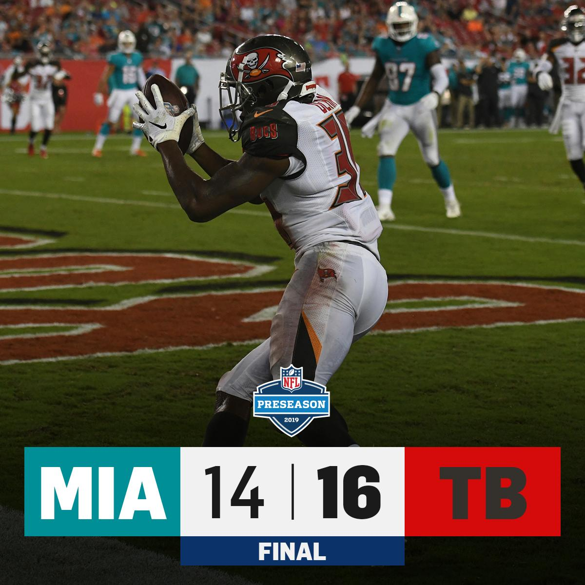 FINAL: @Buccaneers win on a last-second field goal! #MIAvsTB