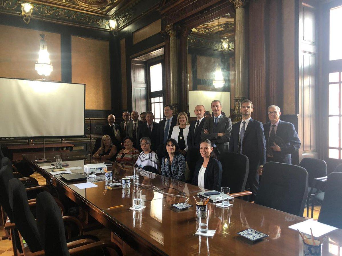 Excelente reunión con el Subsecretario de Educación Media Superior de @SEP_mx y con la @CamaraItaliaMx sobre el modelo de educación dual 🇮🇹🇲🇽