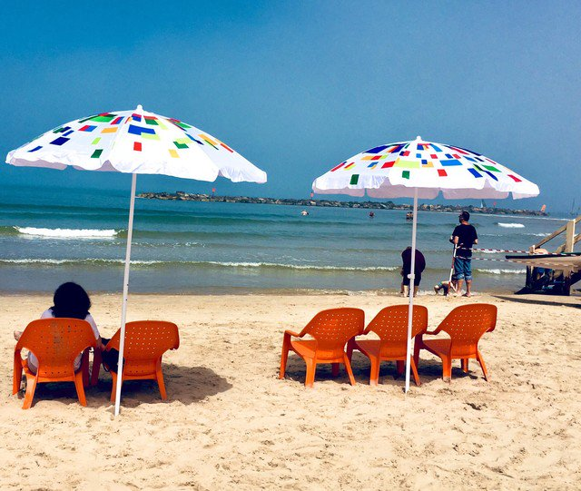 #August in the #heat & #beaches ⛱looking sweet! #sun #sea & sand, it's time to #travel to the #holy land! Take a #trip to #TelAviv 😎🇮🇱