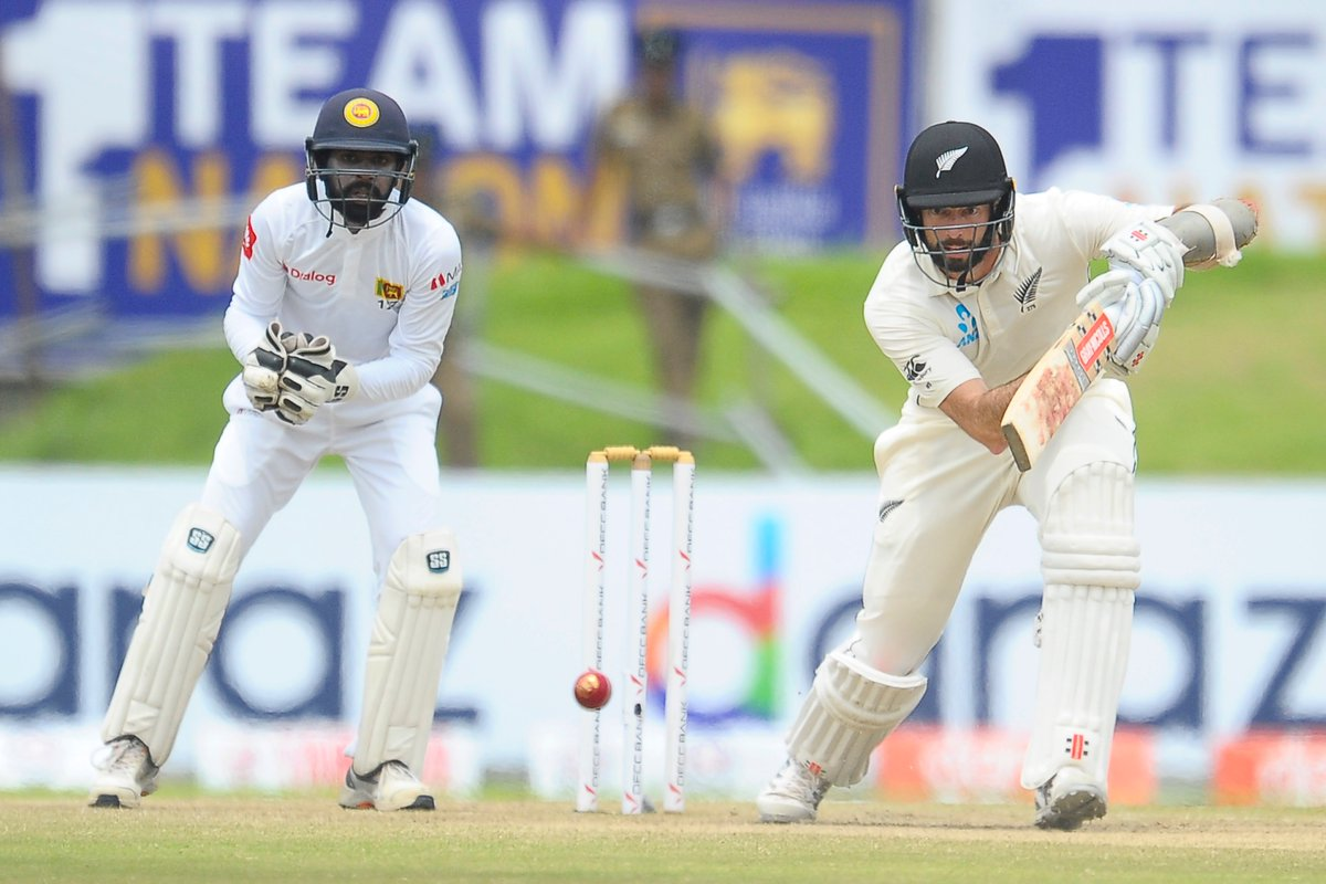 Will Somerville finishes 40* off 118 deliveries as our innings closes on 285, leaving Sri Lanka a target of 267 for victory from the final 5 sessions in this match. Back after lunch 🤙#SLvNZ #WTC21