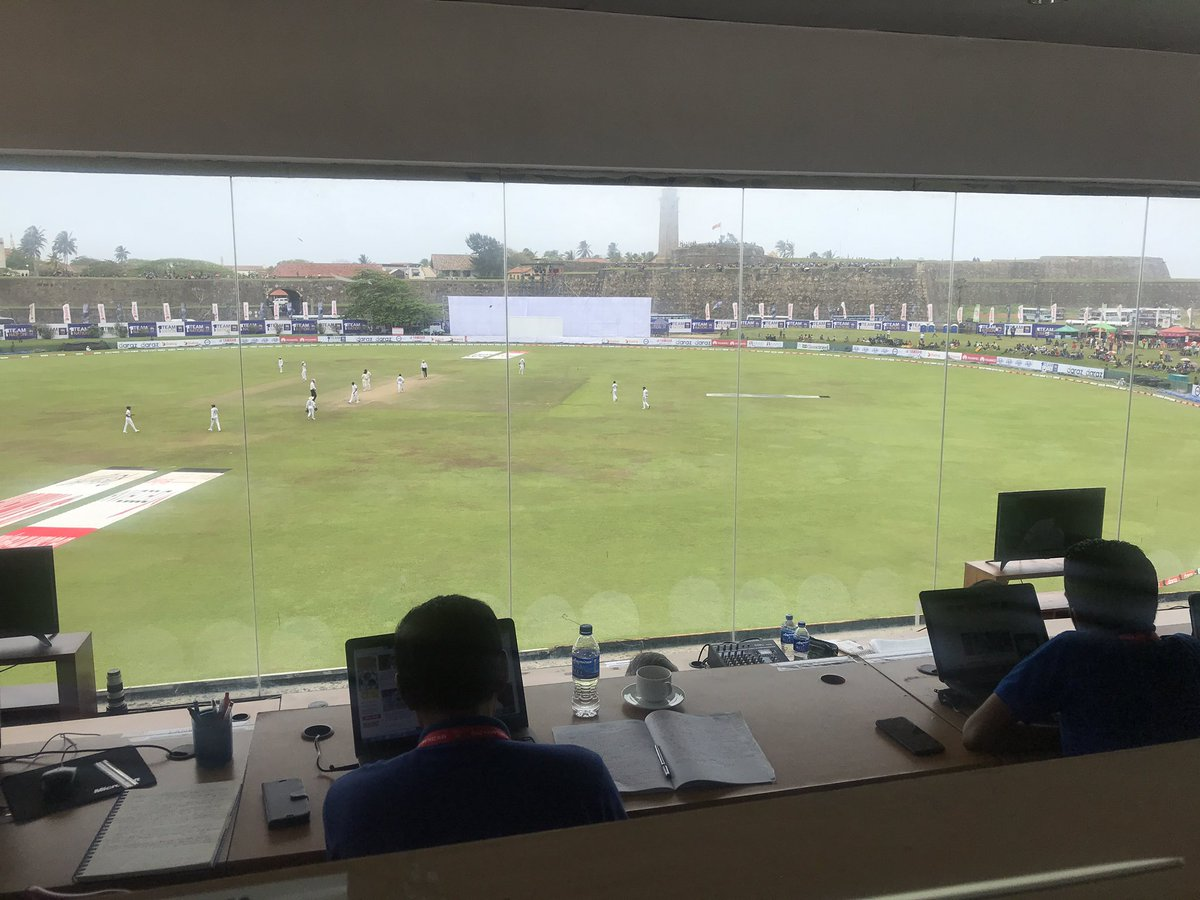 View from the Galle press box as Sri Lanka take the 2nd new ball. Watling (72*) & Somerville (15*) remain & the lead has grown to 196 with 3 wickets still in hand #SLvNZ #WTC21