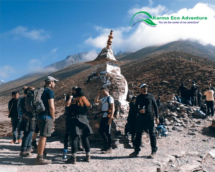 While trekking at Everest base camp during spring season.#visitnepal2020 #EBC_trek #Nepal #Explorenepal #Everestbasecamptrek #lifetimeexperience #onceisnotenough #MYGHT✅https://www.karmaecoadventure.com/package/everest-base-camp-trek/…