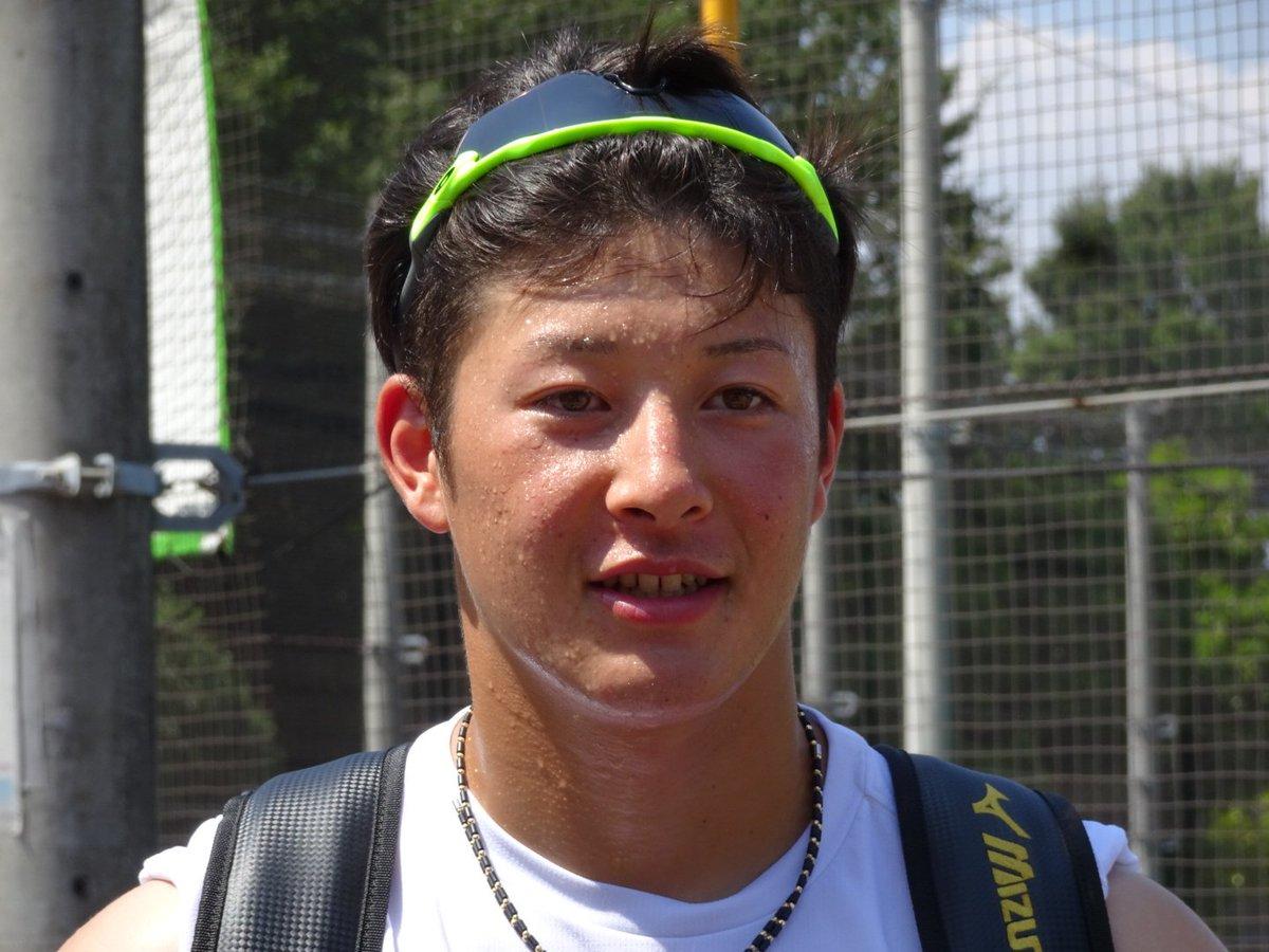 RT @SHINICHIRO_51: 【本日の鎌ヶ谷にて】 ファンサービス中の吉田輝星投手! やはり甲子園のヒーローはオーラがありました。 https://t.co/VRIvAuxapN
