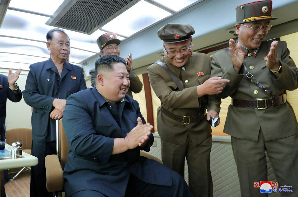 North Korea's Kim oversaw the test-firing of new weapon again: KCNA https://www.reuters.com/article/us-northkorea-missiles-idUSKCN1V6203?utm_campaign=trueAnthem%3A+Trending+Content&utm_content=5d579dd9a341320001ab38d9&utm_medium=trueAnthem&utm_source=twitter…
