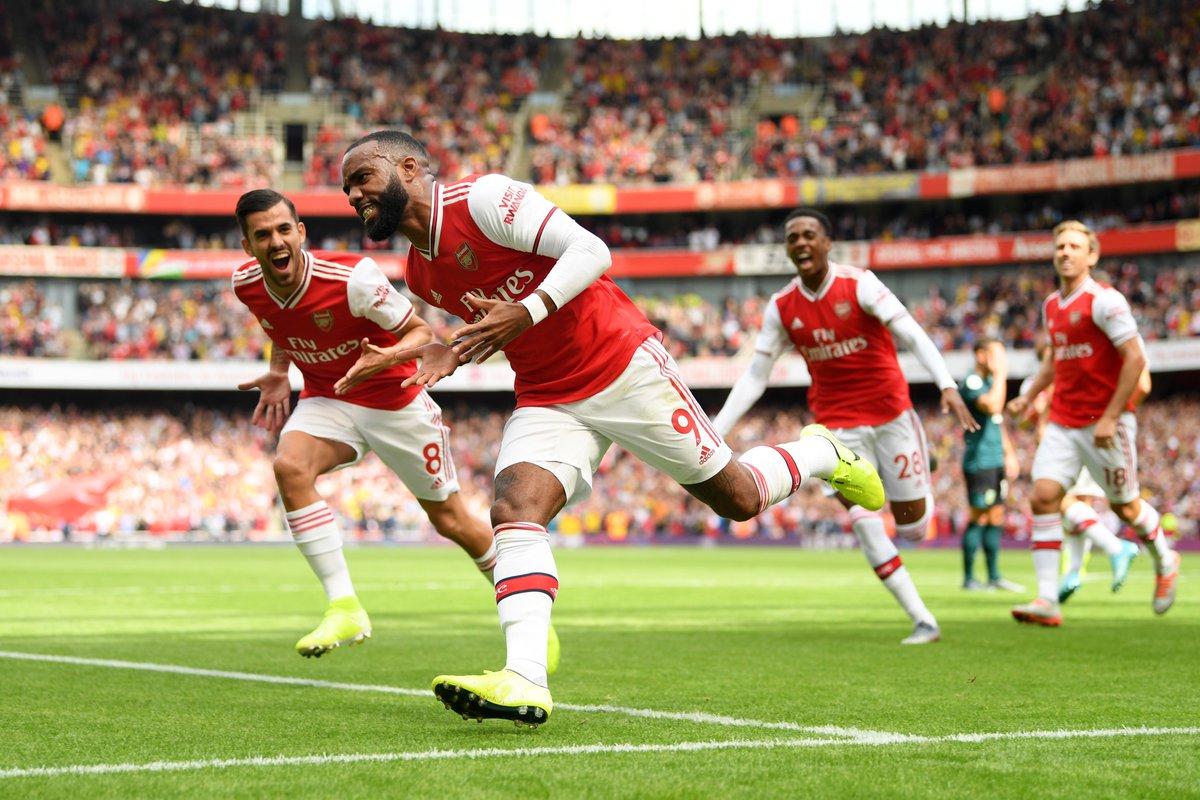 @Arsenal's photo on Laca